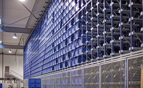 Des solutions multiples pour le stockage et le picking de caisses et de palettes