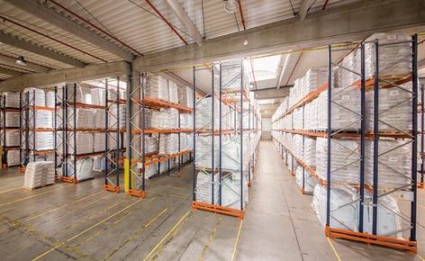 Comment organiser la marchandise dans un entrepôt en fonction de son volume et de sa rotation ?