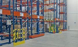 Le système Movirack permet un accès direct à chaque palette et optimise l'espace de stockage