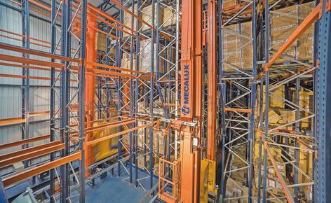 Mecalux construit un entrepôt autoportant d'une capacité de deux millions de paires de chaussures