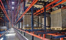 Nouvel entrepôt automatique et autoportant pour WOK en Pologne, équipé de transtockeurs sur mesure