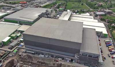 Mecalux bouwt een van de hoogste logistieke centra in Europa