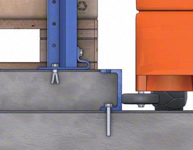 De ruimte tussen de geleiders van twee gangpaden wordt opgevuld met beton, waardoor er een strook ontstaat waarop de stellingen worden geplaatst.