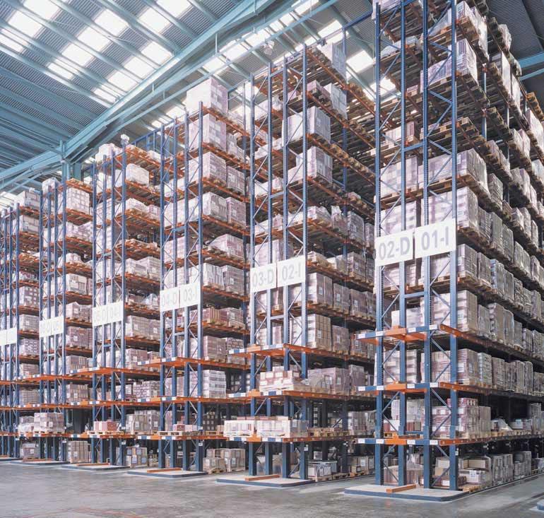 Centraal magazijn van een bedrijf in de keramische sector