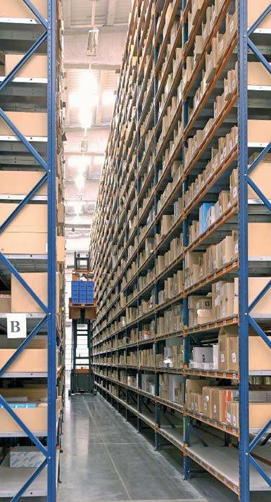 Voorbeeld van een hoogbouwmagazijn