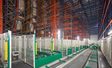 B. Braun a acquis un entrepôt automatique autoportant construit par Mecalux à Espagne, qui peut stocker 42 116 palettes