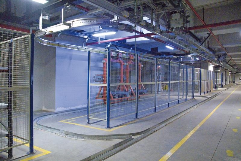 Le circuit des balancelles autom. est modifiable selon l'espace de l'entrepôt
