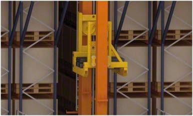 Un entrepôt automatisé dans le centre logistique de Kiwi Greensun au Portugal