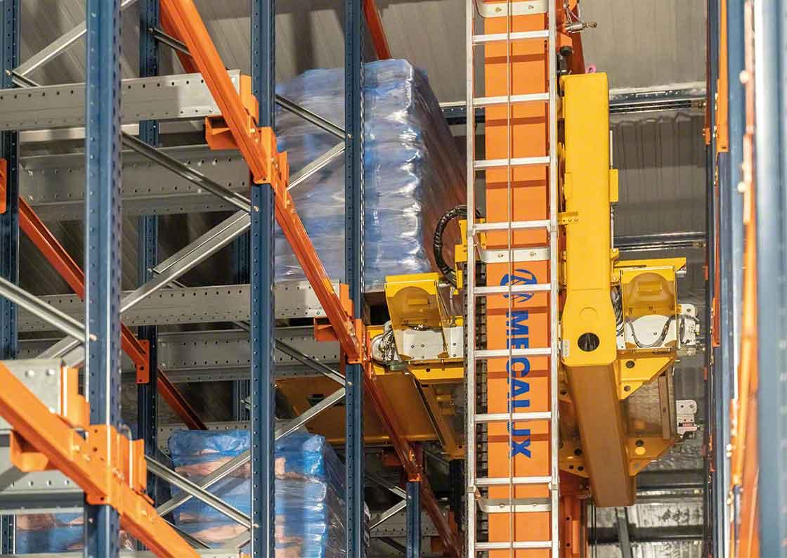 Les transstockeurs de palettes doivent faire partie du plan de maintenance des équipements industriels afin d'anticiper d'éventuelles défaillances.