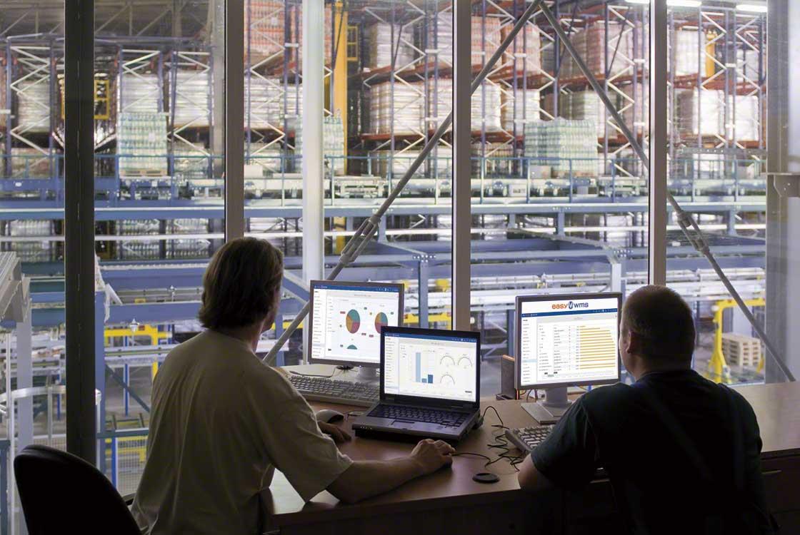 L'objectif de l'amélioration continue est d'analyser les données de votre entrepôt et d'améliorer son fonctionnement
