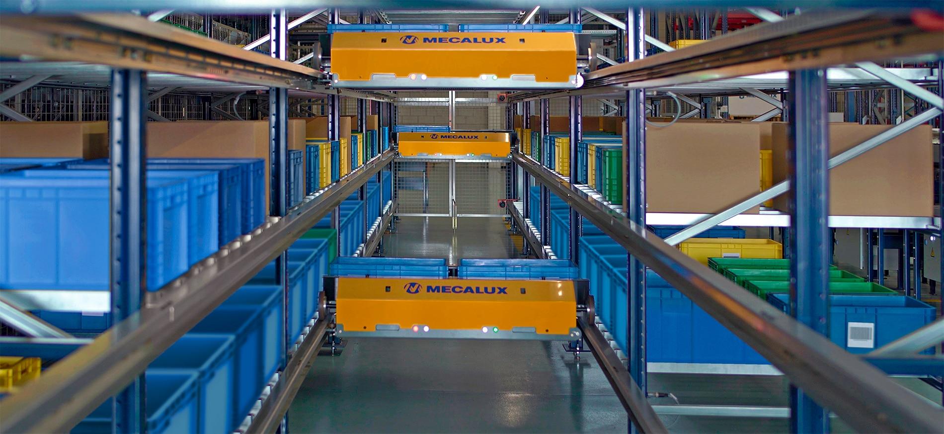 Shuttlesysteem voor dozen en magazijnbakken