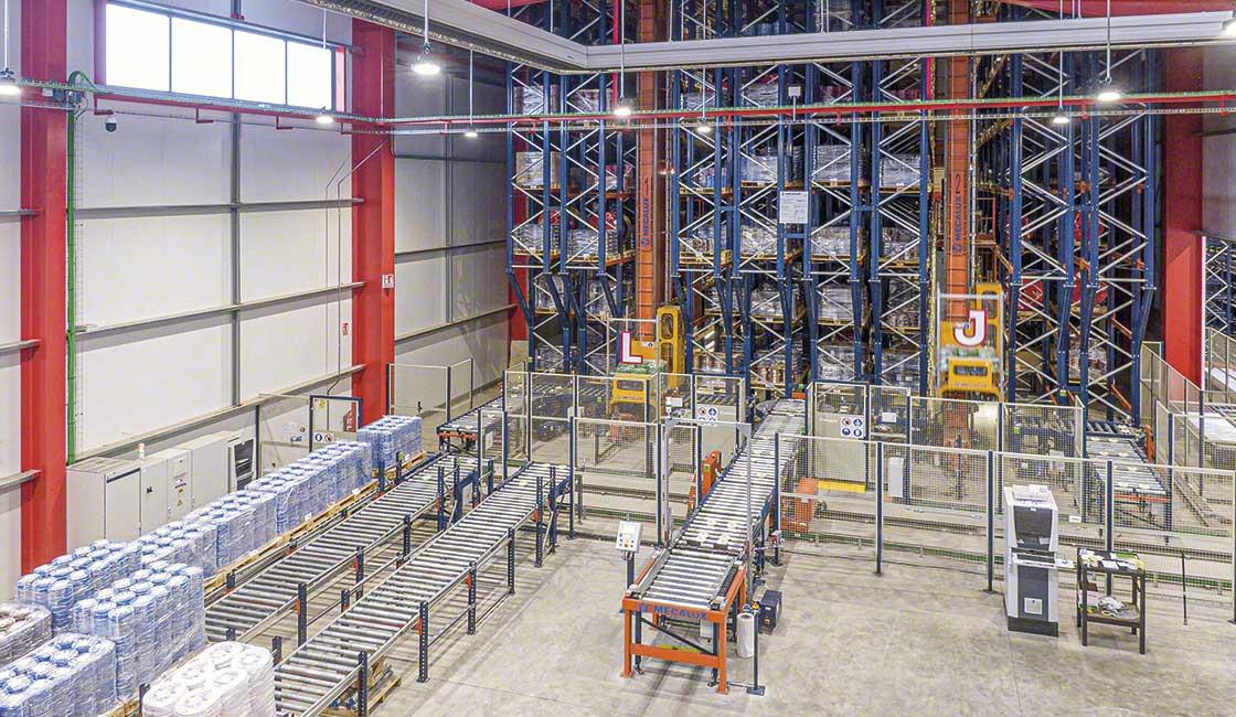 L'automatisation de la préparation de commandes permet d'éviter les stocks fantômes dans l'entrepôt
